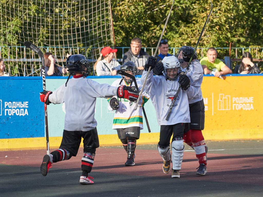 Воспитанники программы массового хоккея приняли участие в турнире по бол-хоккею