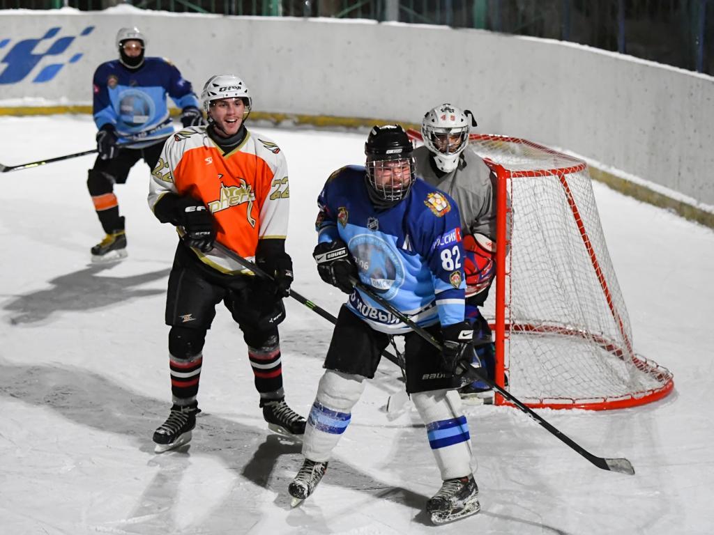 В Омске продолжается чемпионат студенческой хоккейной лиги